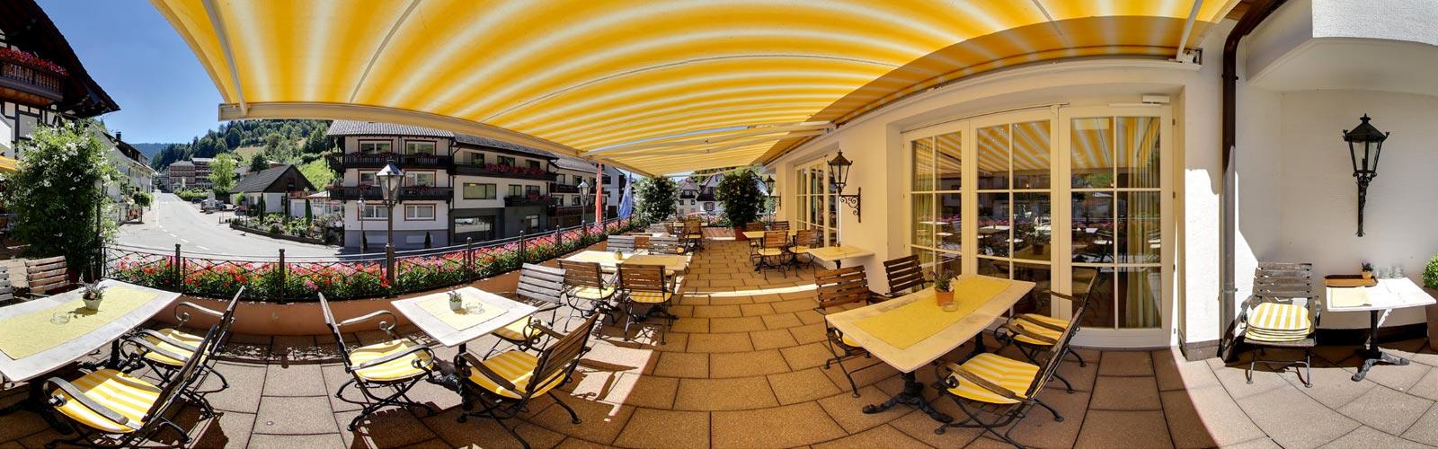 Adlerbad-Flair-Hotel-Terasse-1600x500px